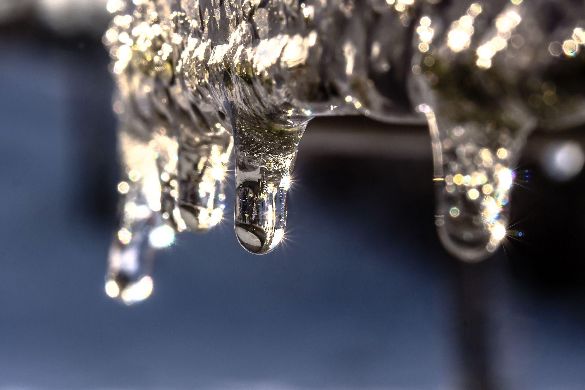 Tuyau couvert de glace |Plombier | Plomberie Lafleur | Montréal